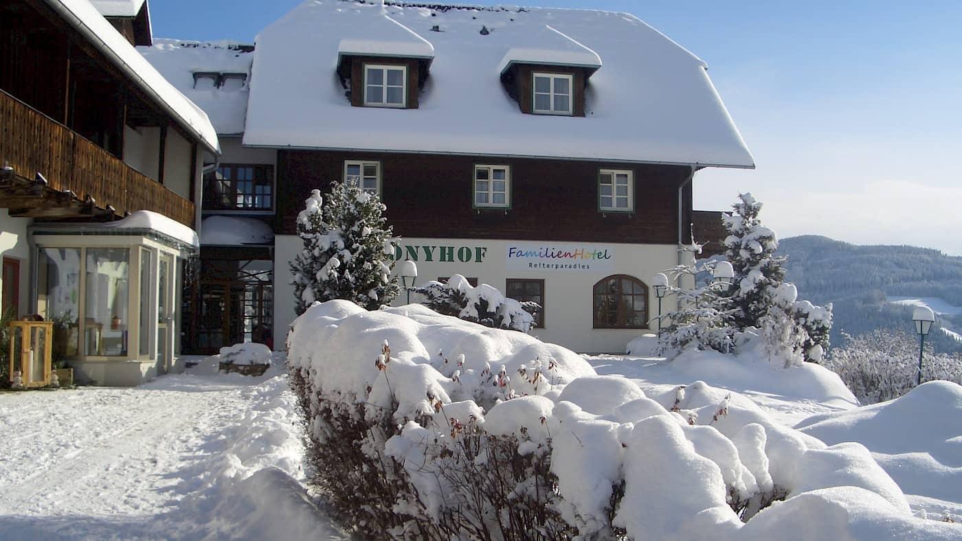 Ponyhof im Winter